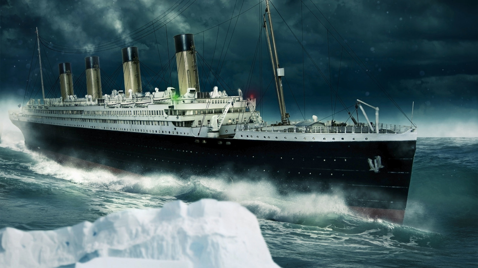 Титаник и айсберг